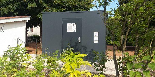 Toilettes Publiques autonettoyantes_Dommartin