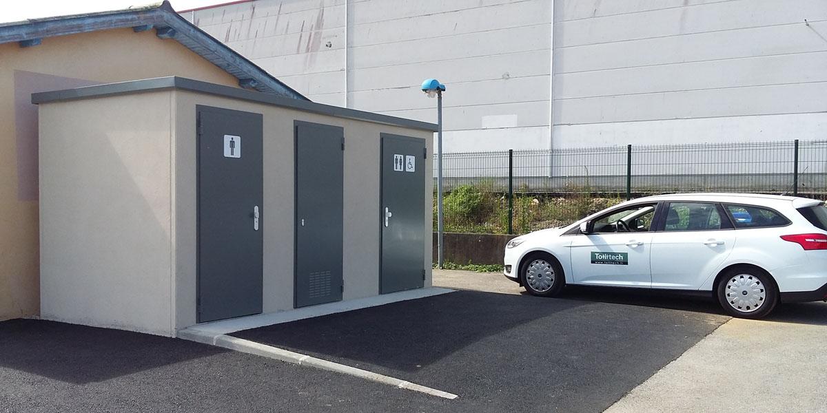 Toilettes Publiques semi-automatiques_Bourg-Lès-Valence
