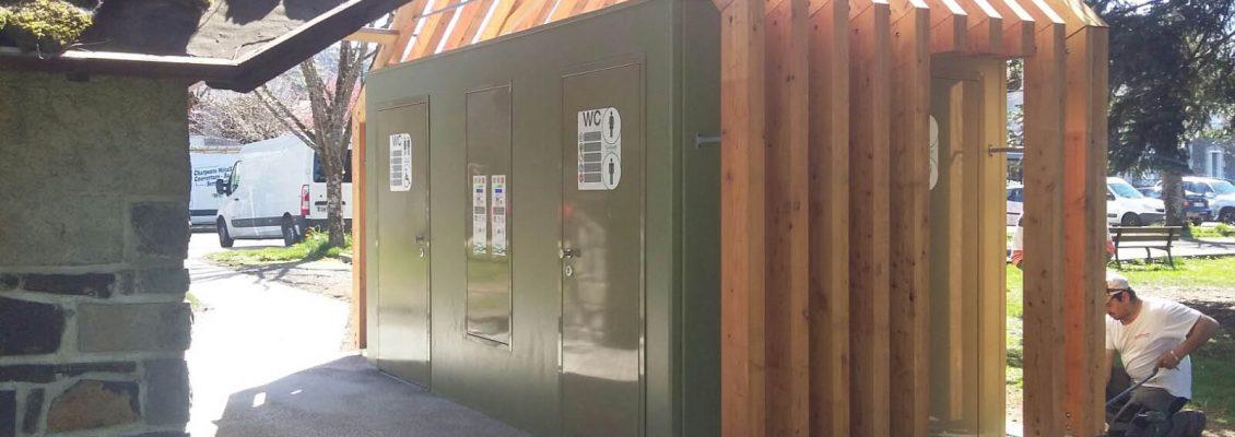 Riom-ès-Montagnes_toilettes autonettoyantes avec urinoirs (6)